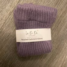 Lade das Bild in den Galerie-Viewer, Recycled Cashmere Hand Warmers - La Di Da Interiors