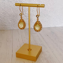 将图片加载到图库查看器,Pearl and Lemon Topaz Drop Earrings