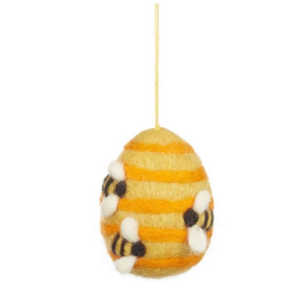 bees and beehive easter decoration