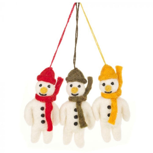 trio of felt snowmen
