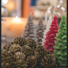 Load image into Gallery viewer, Christmas Tree Scented Candle
