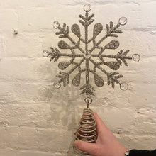 Charger l'image dans la galerie, Snowflake Crystal Beaded Tree Topper