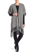 Load image into Gallery viewer, Houndstooth Chenille Kimono with Tassels - Just Jamie