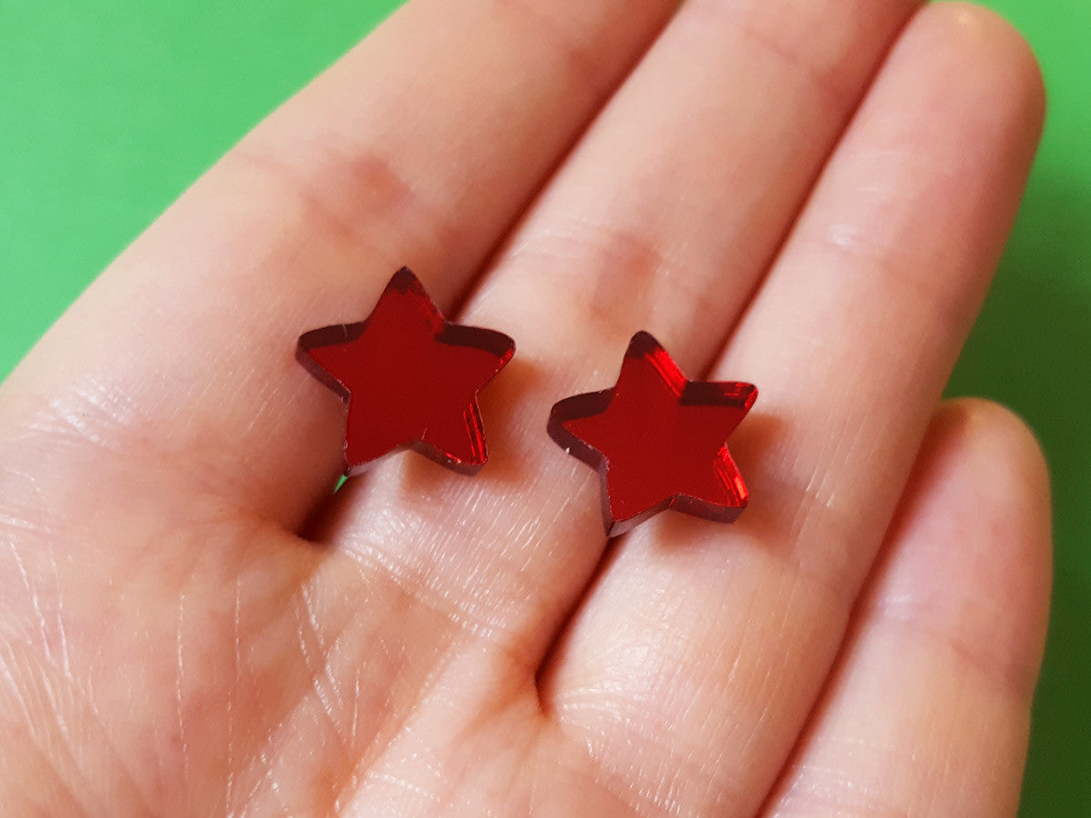 Red Star Earrings (LIMITED)