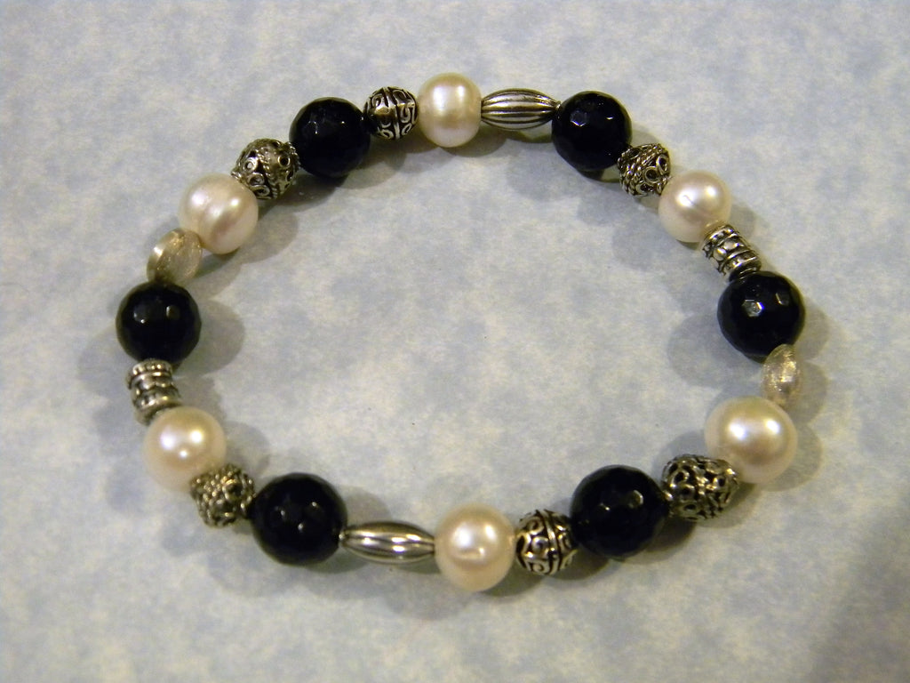 Faceted Onyx, Freshwater Pearl and Bali Silver Stretch Bracelet