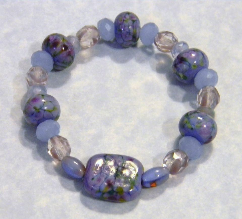 Lilac and Lavender Art Glass Lampwork, Givre Bead and Faceted Glass Stretch Bracelet