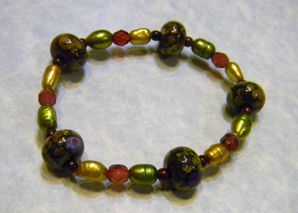Cranberry Art Glass Lampwork Dyed Pearl and Givre Bead Stretch Bracelet