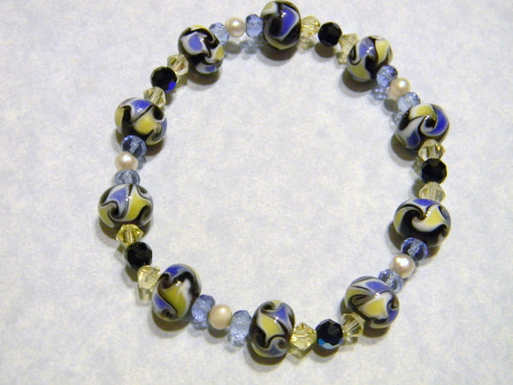 Dutch Blue, White , Black & Yellow Art Glass, Pearl, Crystal and Faceted Glass Stretch Bracelet
