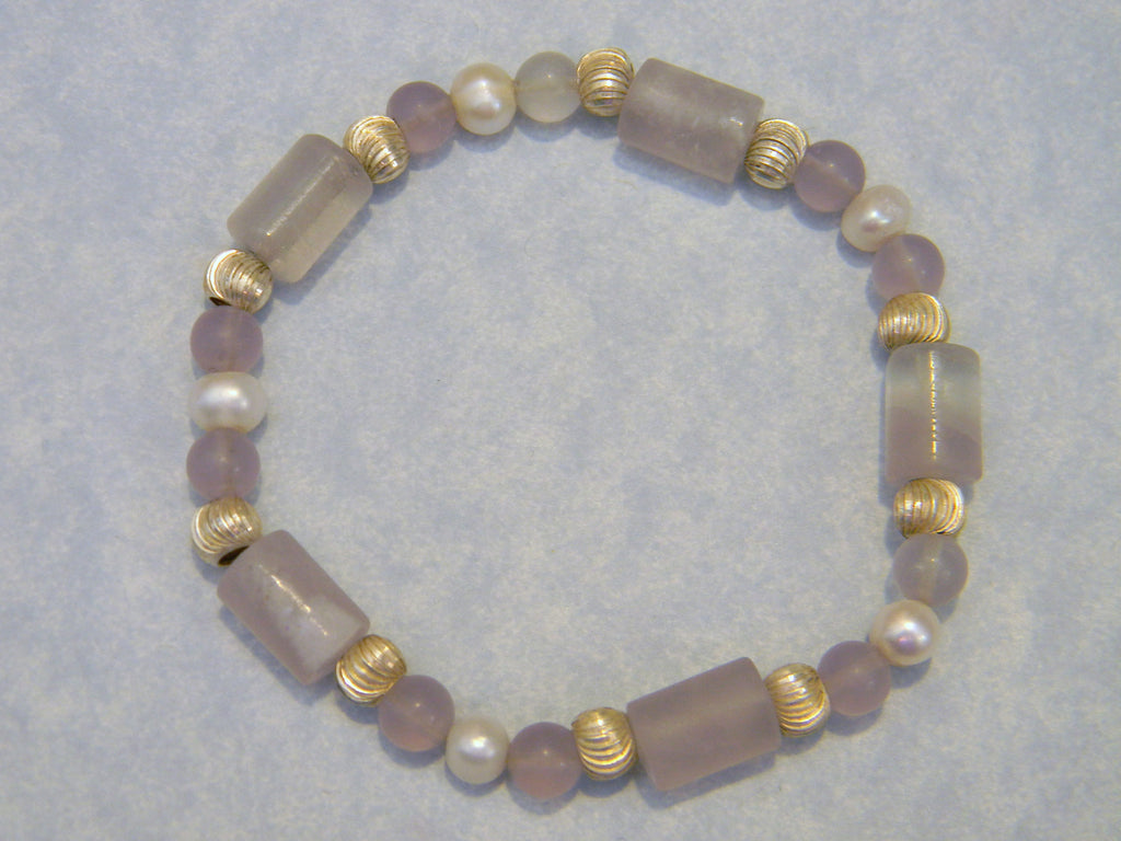 Lavender Quartz, Pearl and Silver Bead Stretch Bracelet.