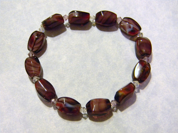 Shades of Purple and Red Marbleized Glass and Crystal Stretch Bracelet
