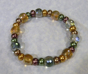 Green, Gold and Purple Faceted Glass and Glass Pearl Stretch Bracelet