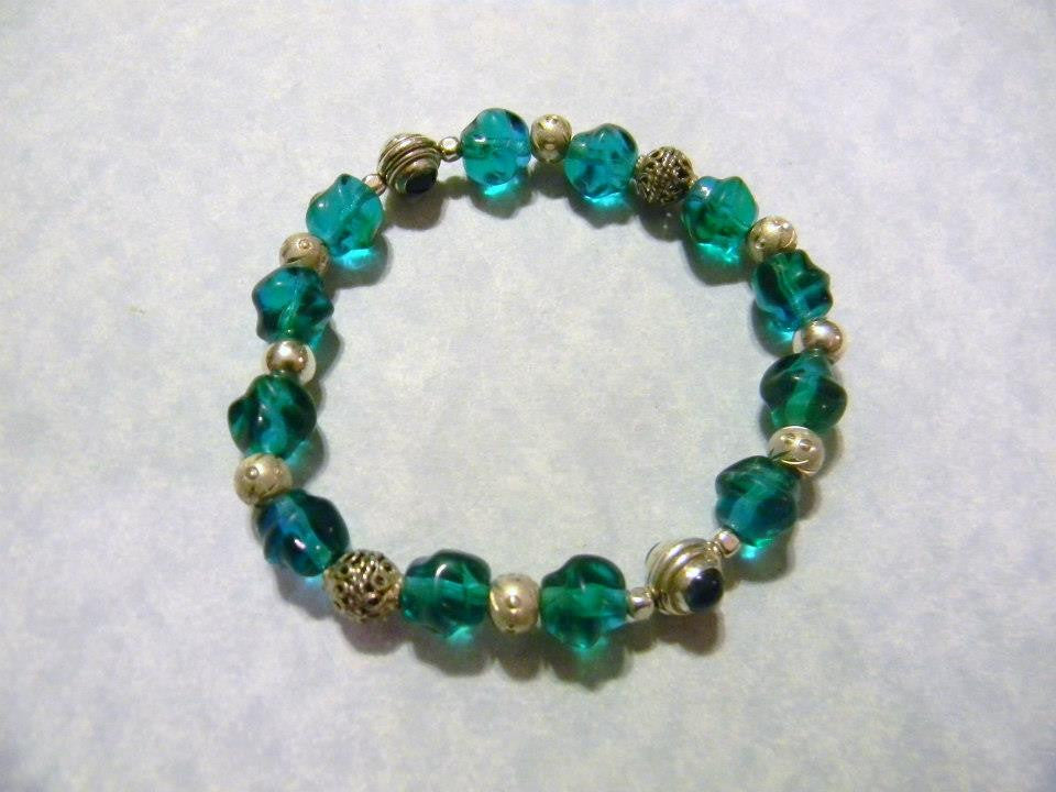Stretch Bracelet with Twisted Teal Nuggets, Apatite & Silver Beads, Bali &  Brushed Slashed Silver