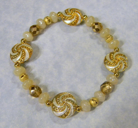 White and Gold Cloisonné Disc and Glass Bead and Gold Bead Stretch Bracelet