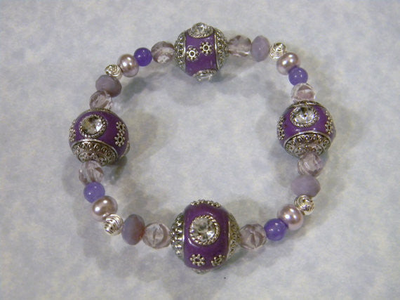 Shades of Lavender and Lilac Kashmiri, Glass and Givre Bead Stretch Bracelet