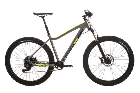 "2018 Diamondback Heist 3.0 Hard Tail 27.5"" Wheel Mountain Bike Grey"