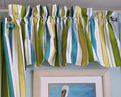 Resort Poolside Valance