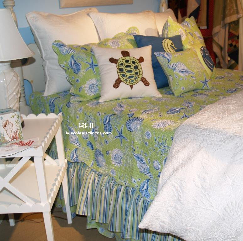 Green Shells Twin Quilt Set From C Amp F Royal Blue Shells On