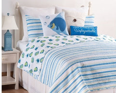 Island Bay Reversible Fish to Stripe Quilt Set, includes Sham(s)