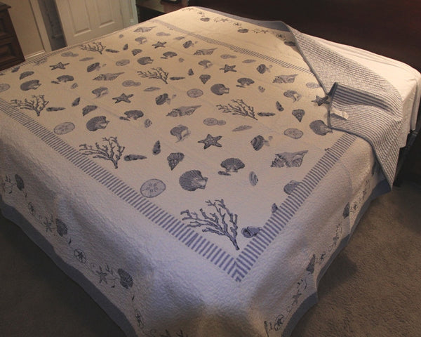 Treasures By The Sea Blue Shell Quilts C Amp F Beach House