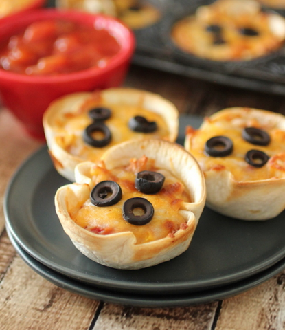 Healthy Mini Mexican Pizzas