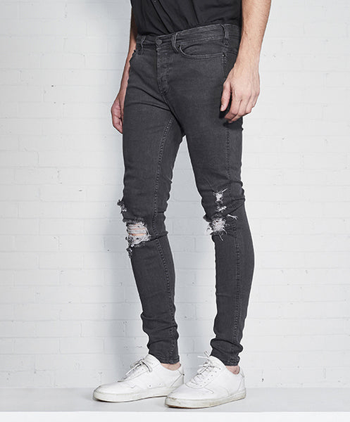 SKINNY LEG JEAN WITH DISTRESSING - Vintage Black