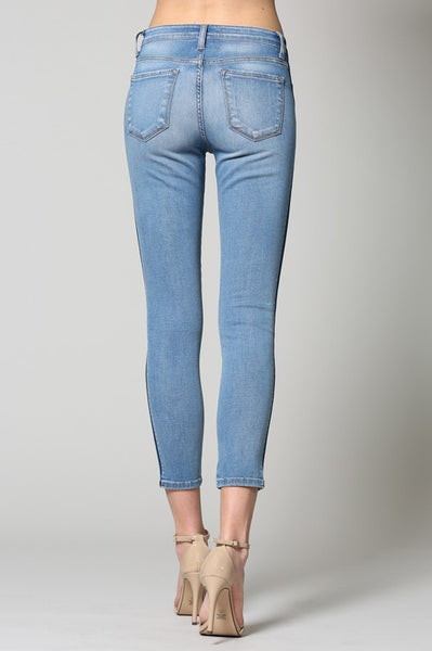 TUXEDO ANKLE SKINNY MID RISE JEAN