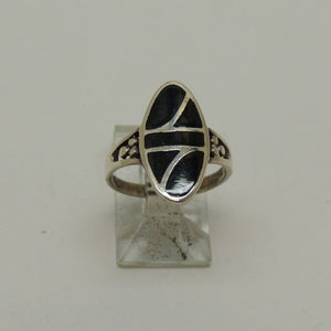 925 Sterling Silver Ring w/Black Inlay, Size 9