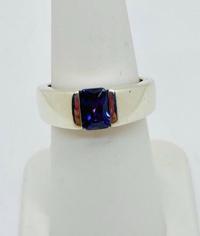 925 Solid Sterling Silver Rhodium Finish Purple Cubic Zirconia Ring Size 6.75