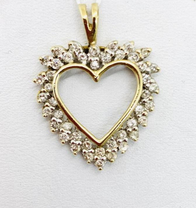 10Kt Diamond Heart Pendant