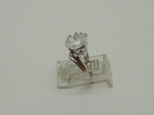 Solid Steling Silver Lady's Cubic Zirconia Ring
