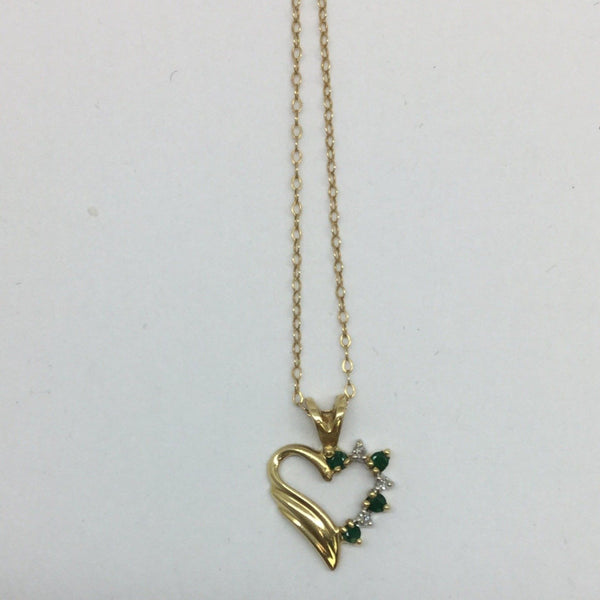 14k Solid Gold Diamond & Emerald Heart Pendant & Chain