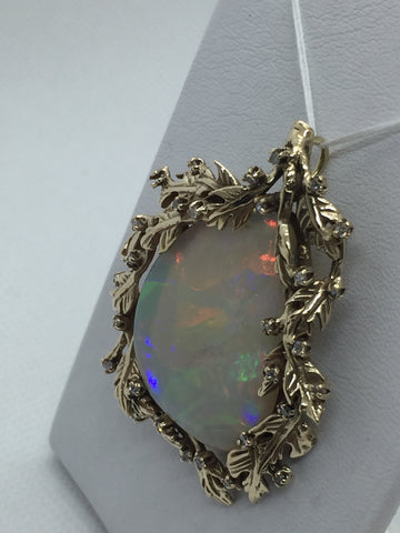 Vintage 14k Solid Gold Genuine Opal & Diamond Pendant / Pin