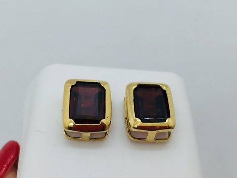 14k Solid Yellow Gold Natural Garnet Post Earrings