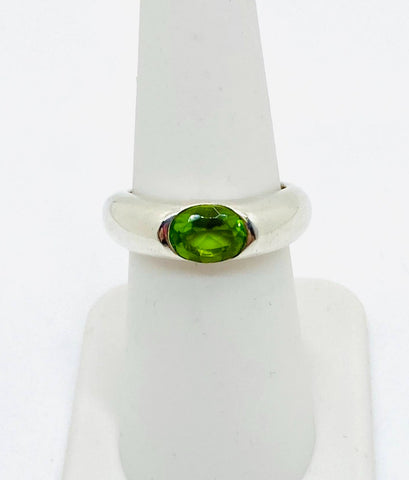 925 Sterling Silver Green Oval Cubic Zirconia Ladies Ring