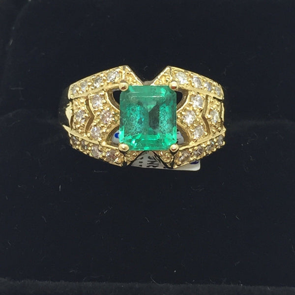 18k Solid Gold Genuine Emerald & Diamonds Ring, Size 8.75