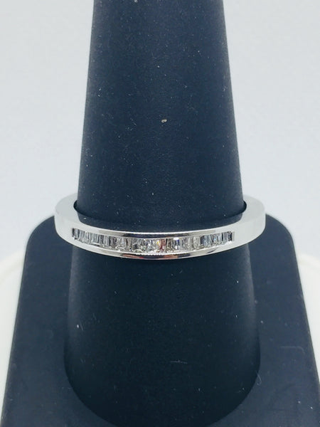 10K Solid White Gold Diamond Mens Band Ring