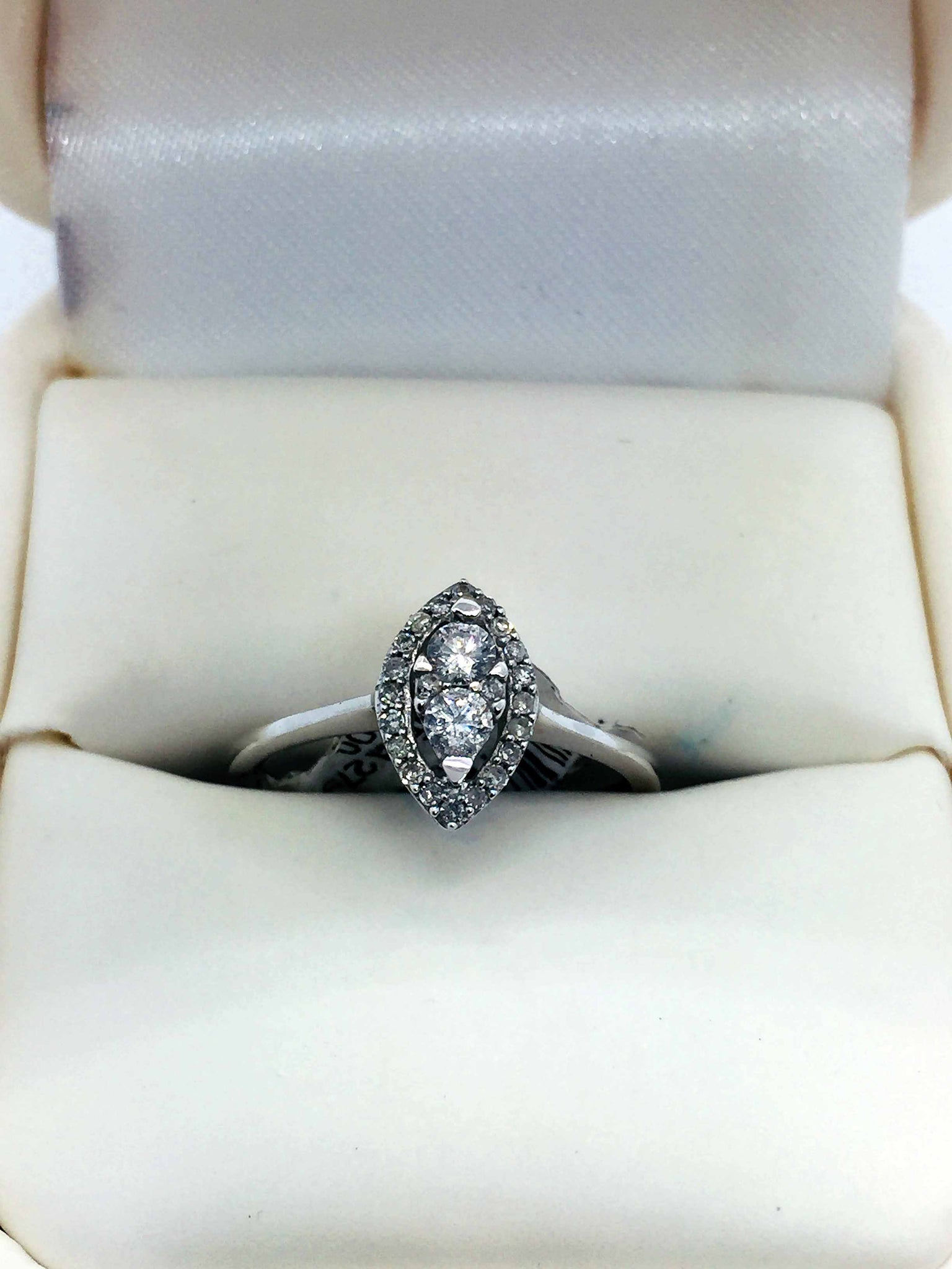 10k Solid White Gold Diamond Engagement Ring