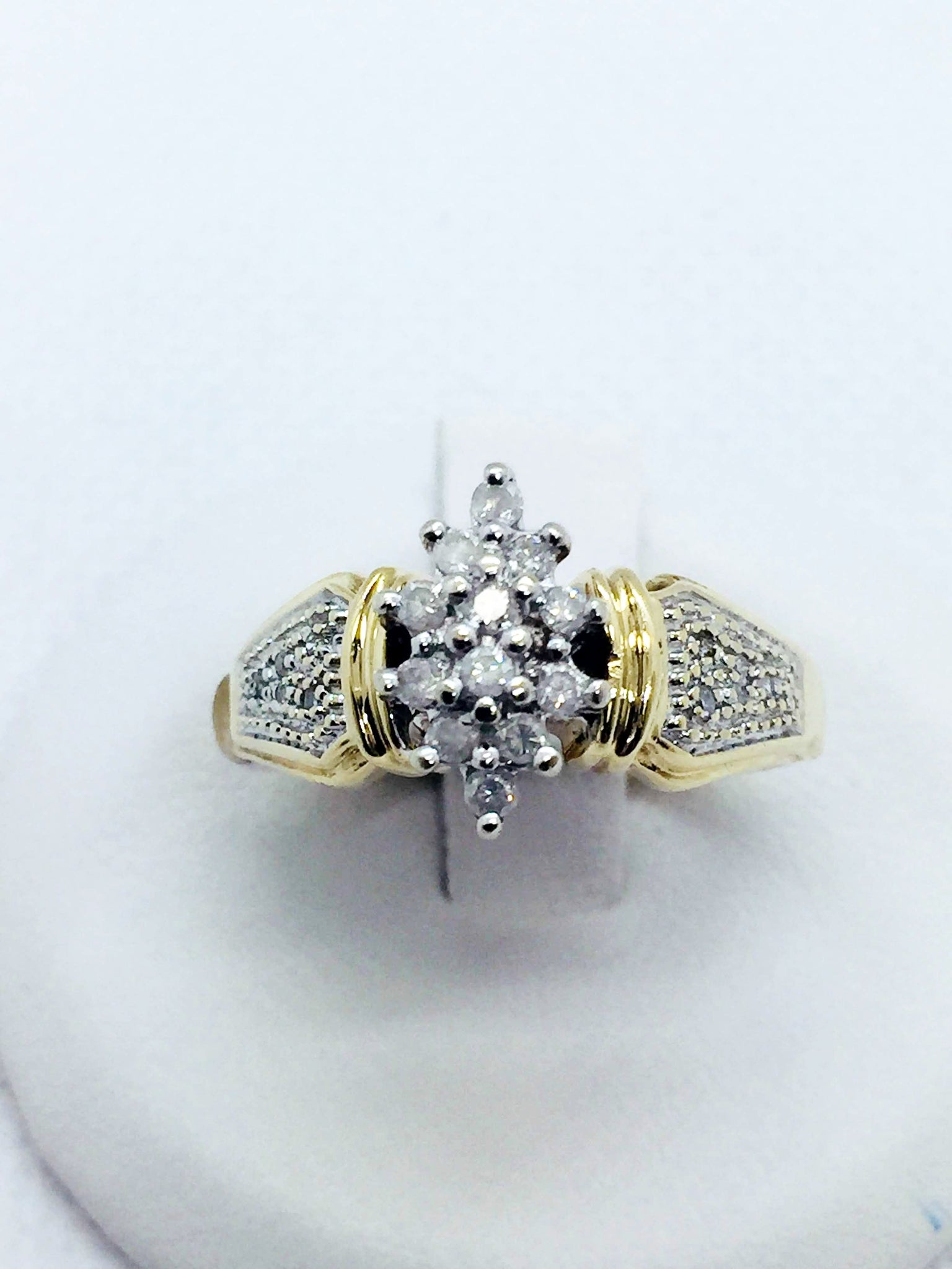10k Solid Gold Diamond Cluster Ring