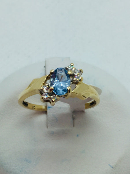10k Solid Gold Aquamarine Stone & Diamond Ring