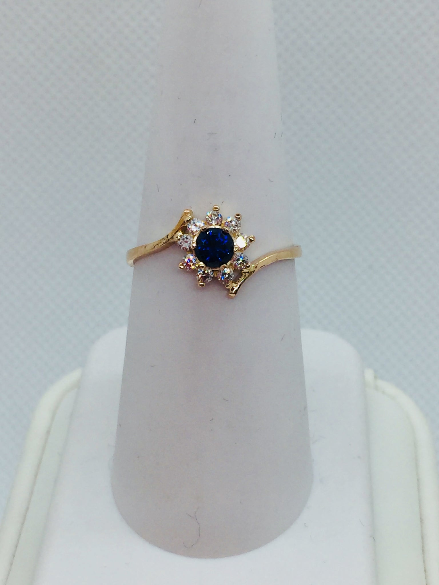 18k Solid Gold Genuine Sapphire & Cubic Zirconia Ring