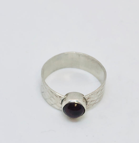 925 Sterling Silver Natural Red Garnet Ring Size 7.5