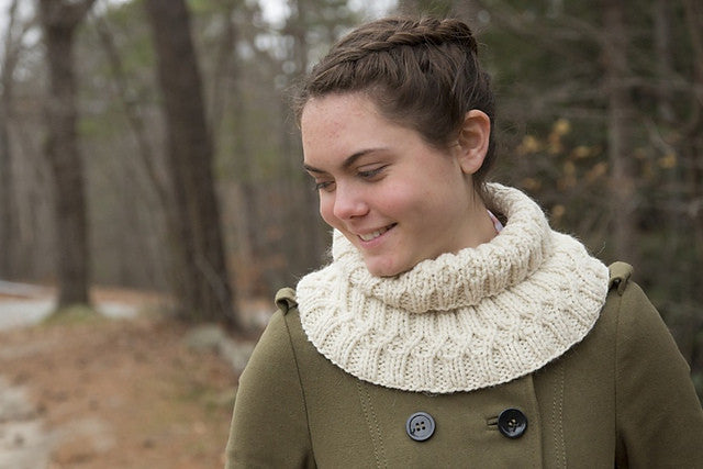 Honey Locust Cowl