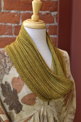 Staying on Track Cowl