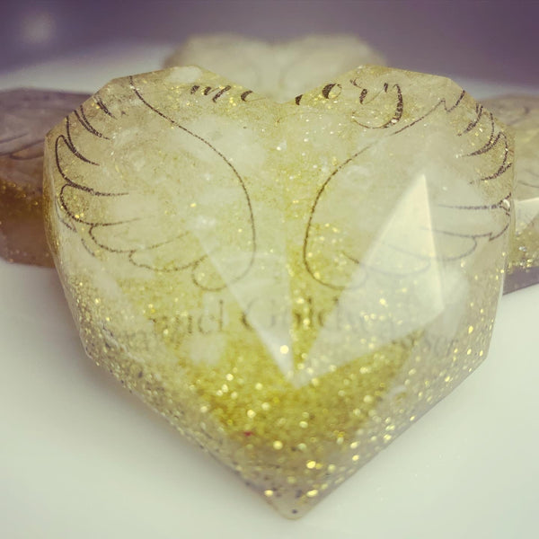 In Loving Memory Crystal Heart Keepsake
