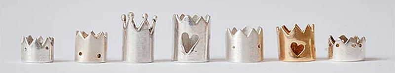 ring jewelry in the shape of crowns