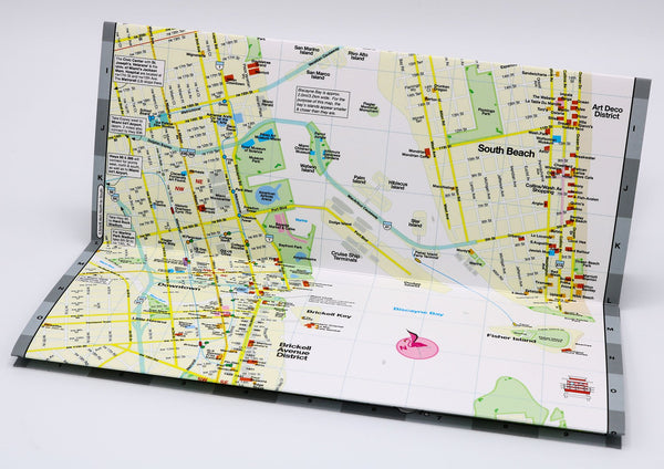 Travel map of Downtown Miami and South Beach with restaurants, hotels and points of interest.