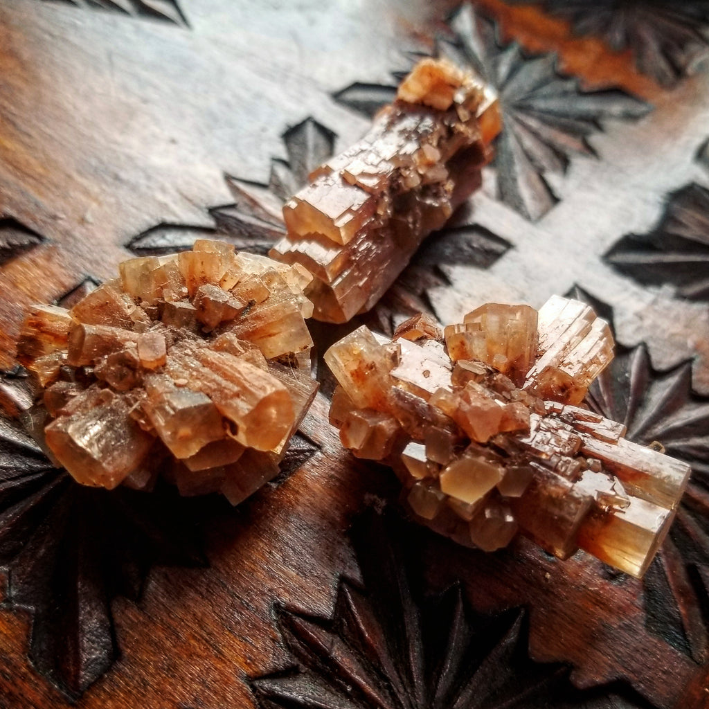 ARAGONITE STAR CLUSTERS: Radiant Healers of the Earth