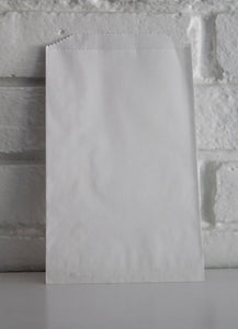 White Middy Party Favor Candy Treat Paper Bags 5 x 7.5 inches