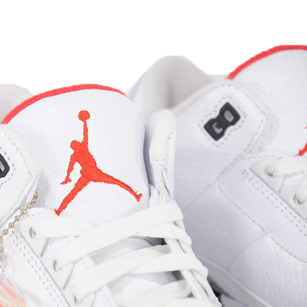 "AIR JORDAN 3 ""WHITE CEMENT"" 2011 136064-105"