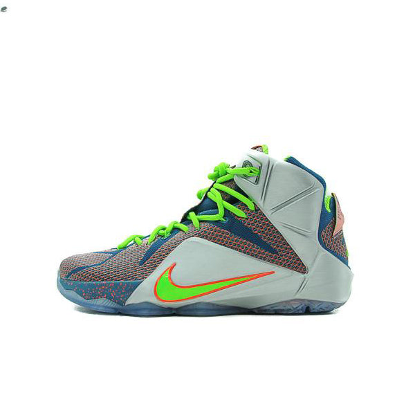 "NIKE LEBRON 12 ""TRILLION DOLLAR MAN"" 2014 705410-430"